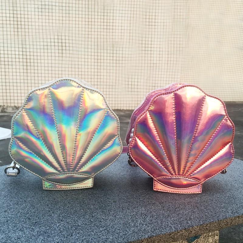 Bolsa divertida en forma de concha metalizada