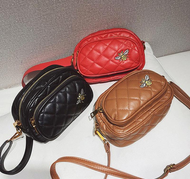 Pochete de Cintura Matelassê Bordado Abeja varios colores, Pochetes Femeninas en Cuero