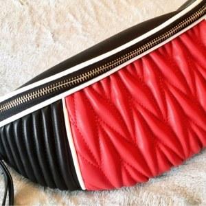 Pochete em couro Patchwork efeito Matelassê modelo vermelho