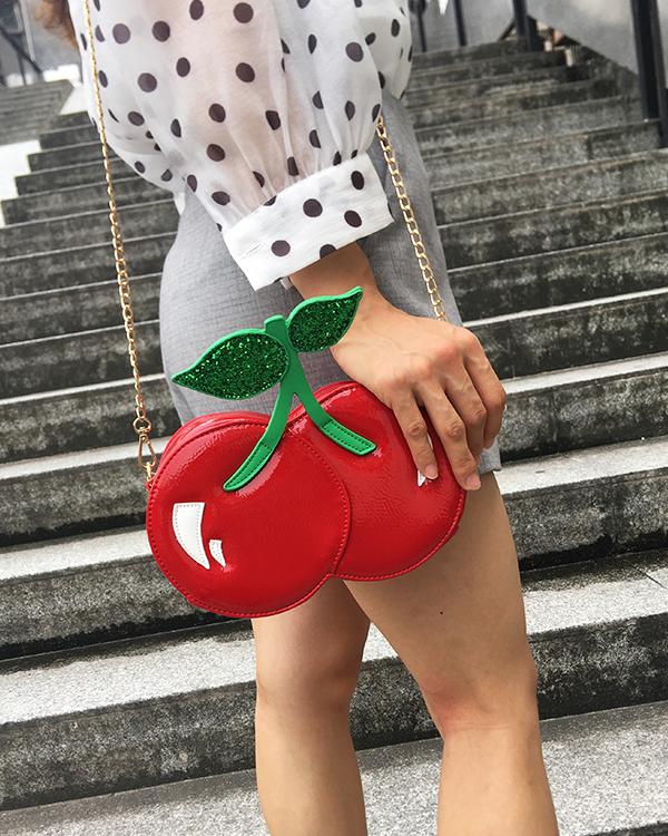 Bolsa divertida en forma de cereza